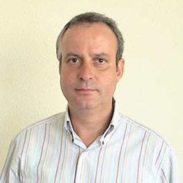 Mr. Juli Simón